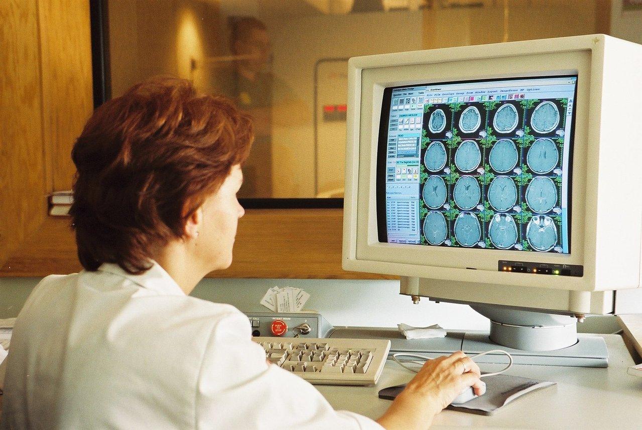 Problemy z tarczycą rozwiązuje endokrynologia